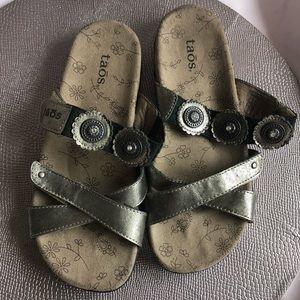 Taos Oasis Sandals 6